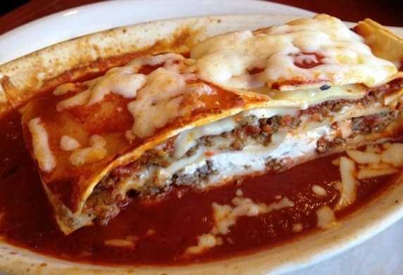 Baked lasagna at Mamma Mia in Apex, NC Triangle Dining