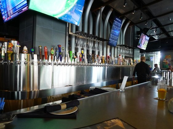 Beer taps at Yard House, Raleigh- NC Triangle Dining