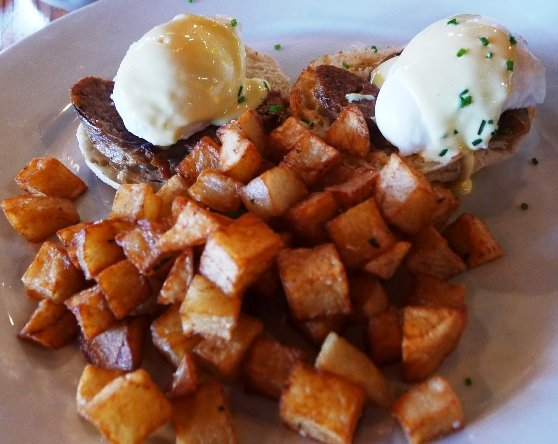 Eggs benedict at Plates Neighborhood Kitchen in Raleigh, NC Triangle Dining