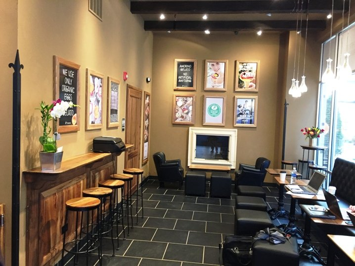 Sitting area at Amorino Gelato in Raleigh - NC Triangle Dining
