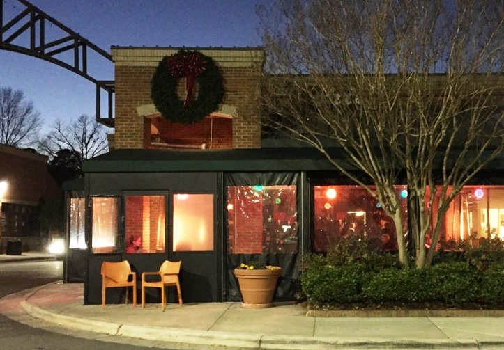 Front of Bella Monica and its covered patio in Raleigh - NC Triangle Dining