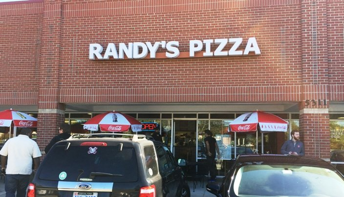 Front of Randy's Pizza in RTP - NC Triangle Dining