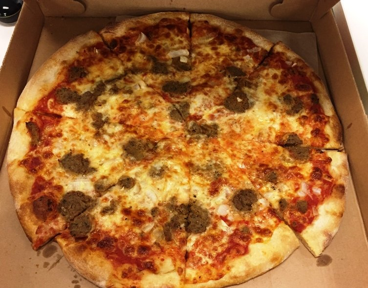 Meatball pizza at Randy's Pizza in RTP - NC Triangle Dining