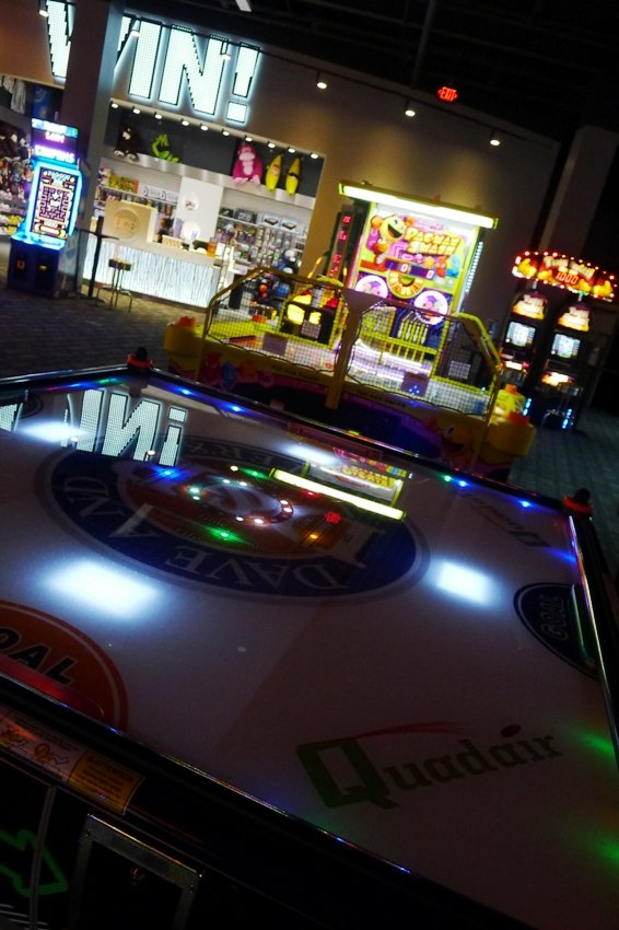 Quad air-hockey at Dave and Busters, Cary- NC Triangle Dining