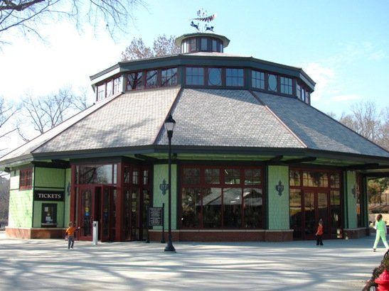 Carousel building at Pullen Park, Raleigh- nctriangledining.com