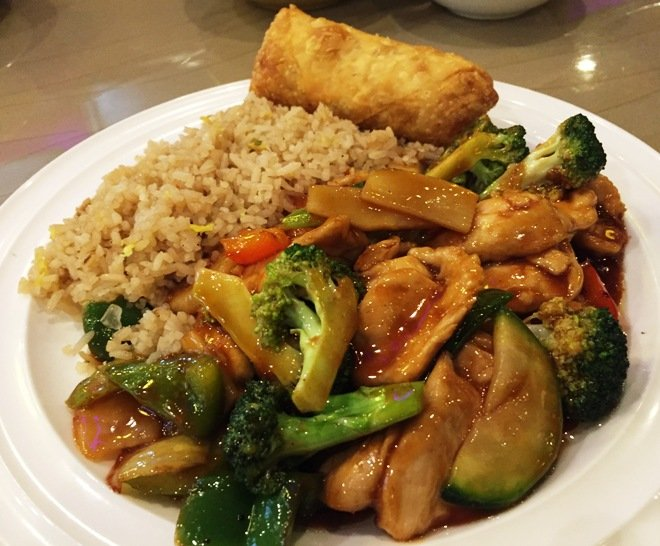 Garlic chicken lunch at Jade Garden, Raleigh- NC Triangle Dining