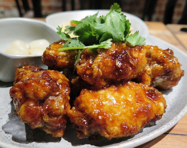 Korean fried chicken at M Kokko - nctriangledining.com