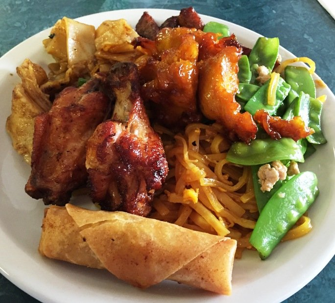 thaichinabuffet-platewingsroll