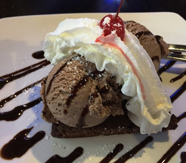 Brownie sundae at the new Tobacco Road Sports Raleigh - NC Triangle Dining