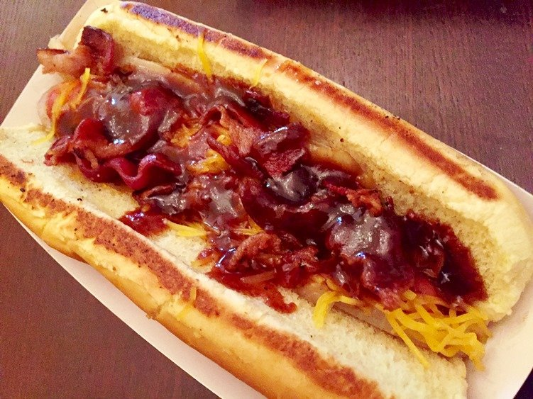 Memphis dawg from Merry Franksters food trailer - NC Triangle Dining