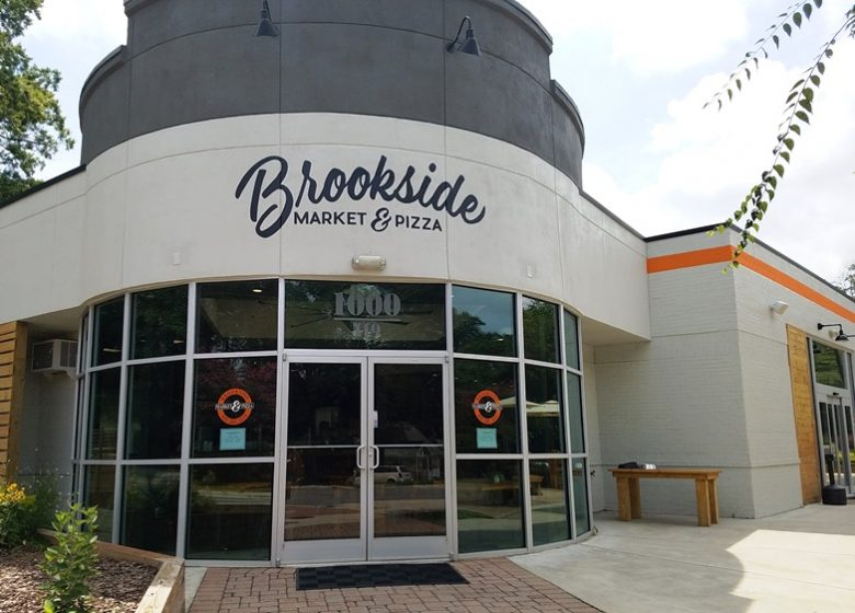 Front of Brookside Market & Pizza in Raleigh - nctriangledining.com