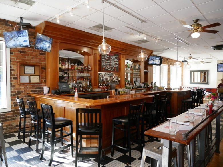 Bar at Lula's in Chapel Hill, NC - nctriangledining.com