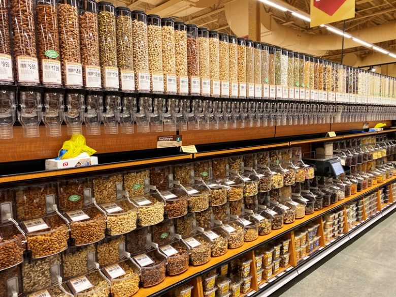 Bulk foods area at Wegmans in Raleigh - nctriangledining.com