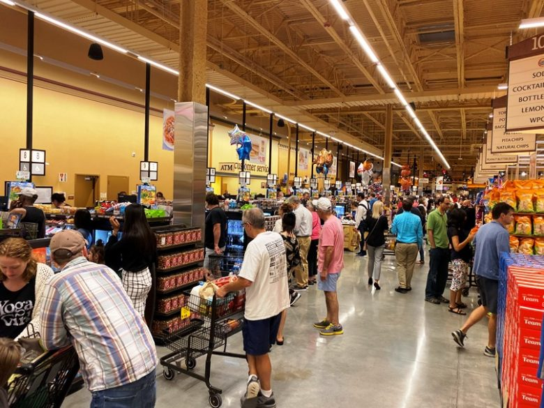 Cash registers at Wegmans in Raleigh - nctriangledining.com