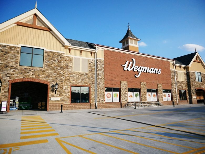 Front of Wegmans in Raleigh - nctriangledining.com
