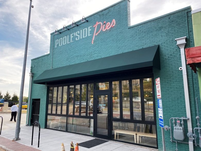 Poole'side Pies in Raleigh - nctriangledining.com