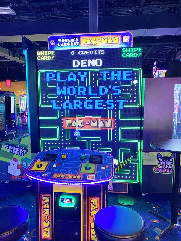 Super Pac-man at Stars and Strikes in Raleigh -nctriangledining.com