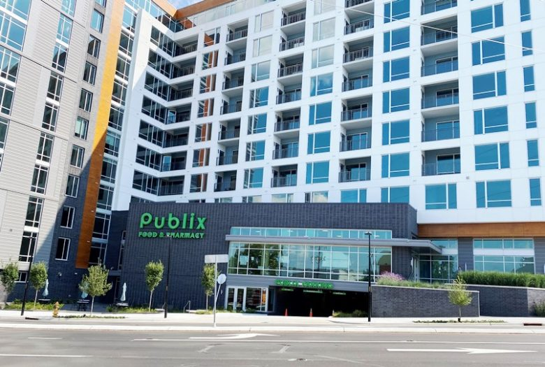 Front of the new Publix on Peace Street in Raleigh - nctriangledining.com