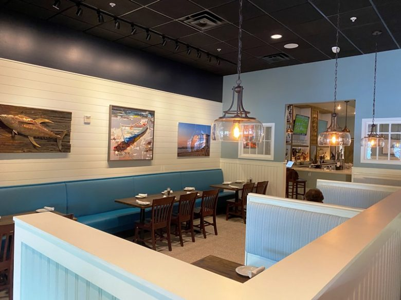 Dining room at Cape Fear Seafood Company in Raleigh - nctriangledining.com